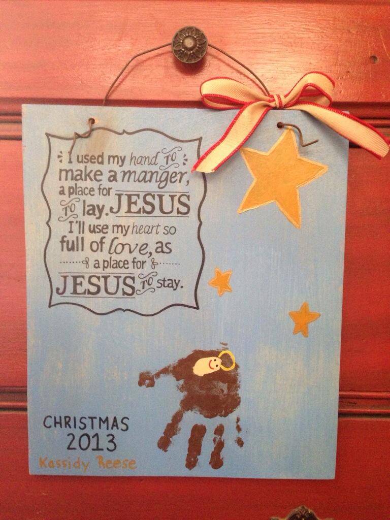 Diy Child S Hand Print Christmas Manger Craft Lazy K Creative